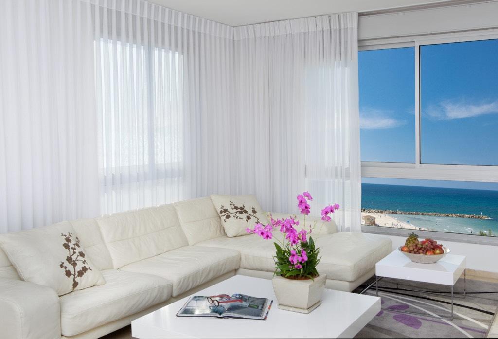 Beach Apartment - Living room1
