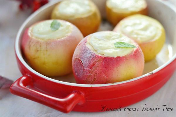 запеченные яблоки в духовке