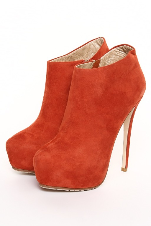 Обувной бренд Shelly