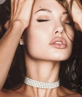 Советы от Анджелины Джоли: как выглядеть на миллион