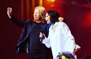 Настасья Самбурская выступила на концерте посвященному 50-летию Виктора Дробыша