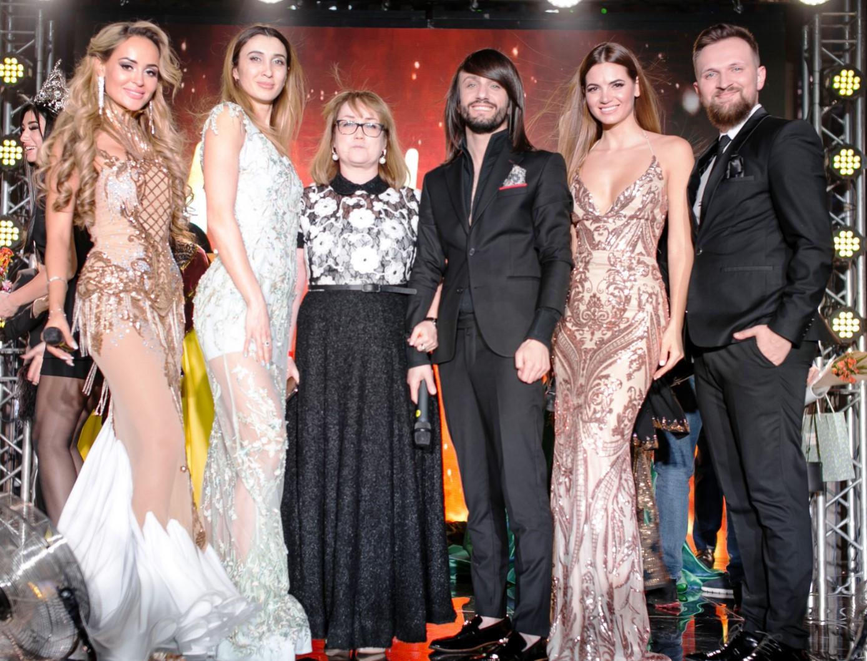 Мисс Melon Reach Крым 2019 ведущие
