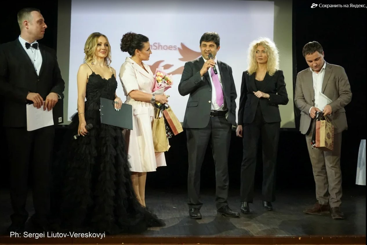 jimmi-vestoro-art-business-awards-2019-womenstime