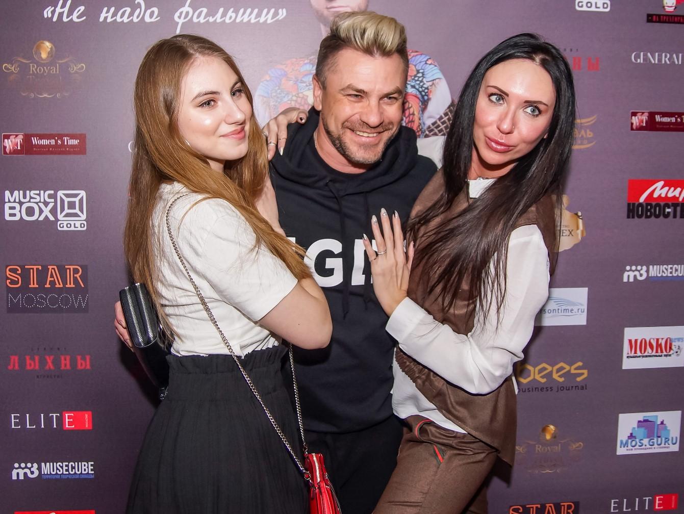 pavel-sokolov-vladimir-brilyov-prezentoval-klip-ne-nado-falshi — копия