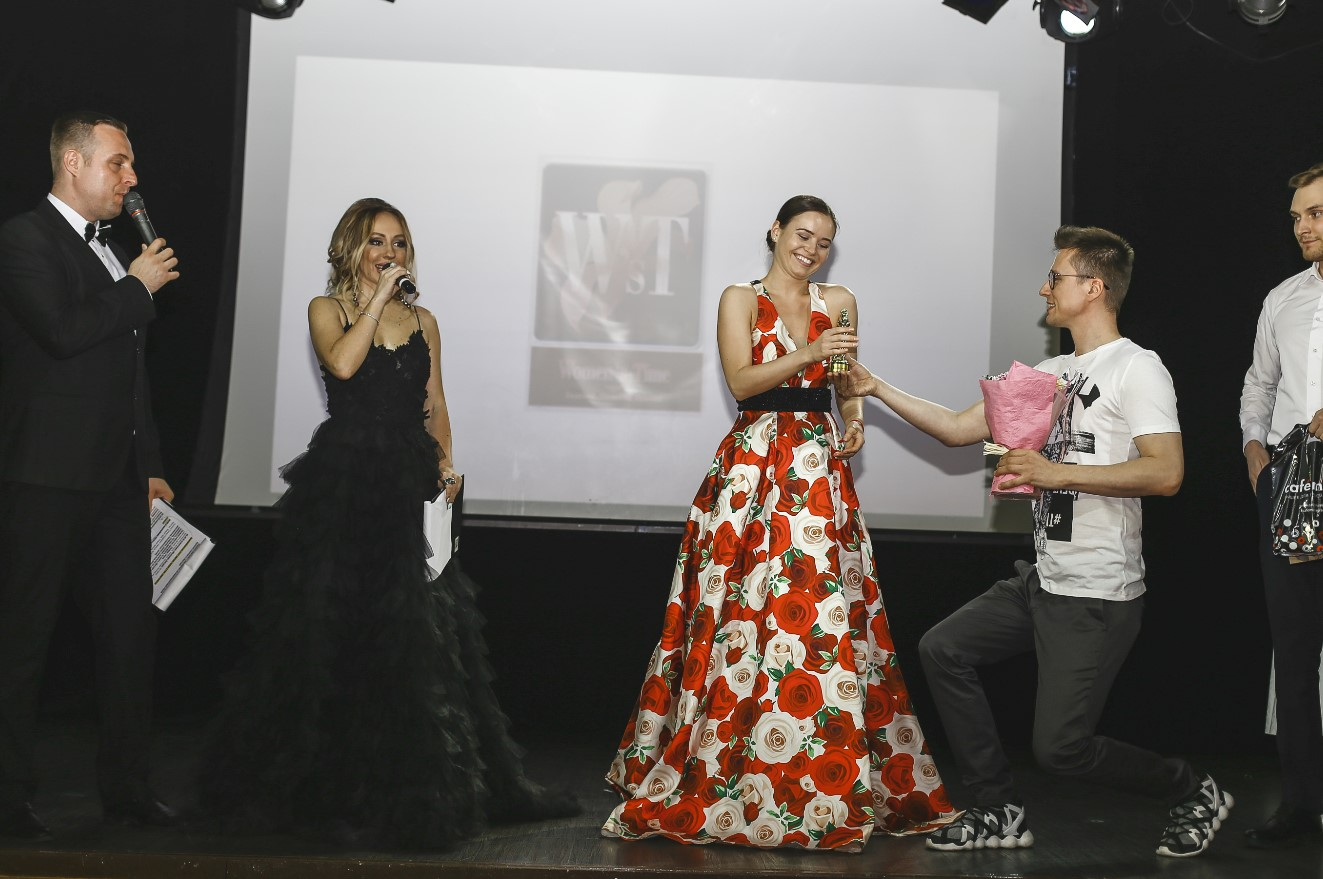 polina-grenz-art-business-awards-2019-womens-time