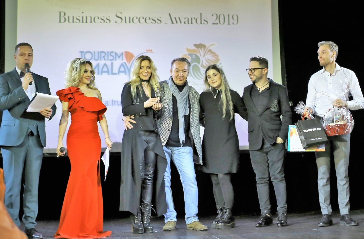 luda-sokolova-brendon-ragda-vitke-business-success-awards-2019-womens-time24