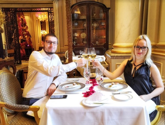 parizh-restoran-le-cinq-3